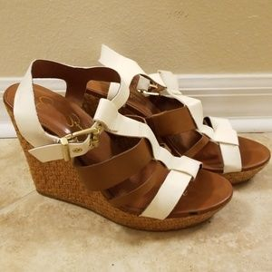 Jessica Simpson Two-Tone Wedges
